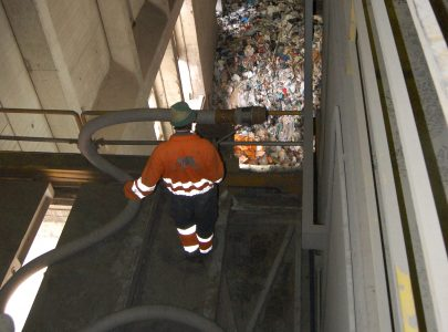 Inceneritori: aspirazione pulizie carro ponte