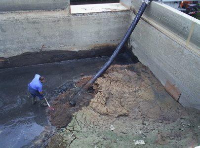 Pulizia sabbia vasca depurazione